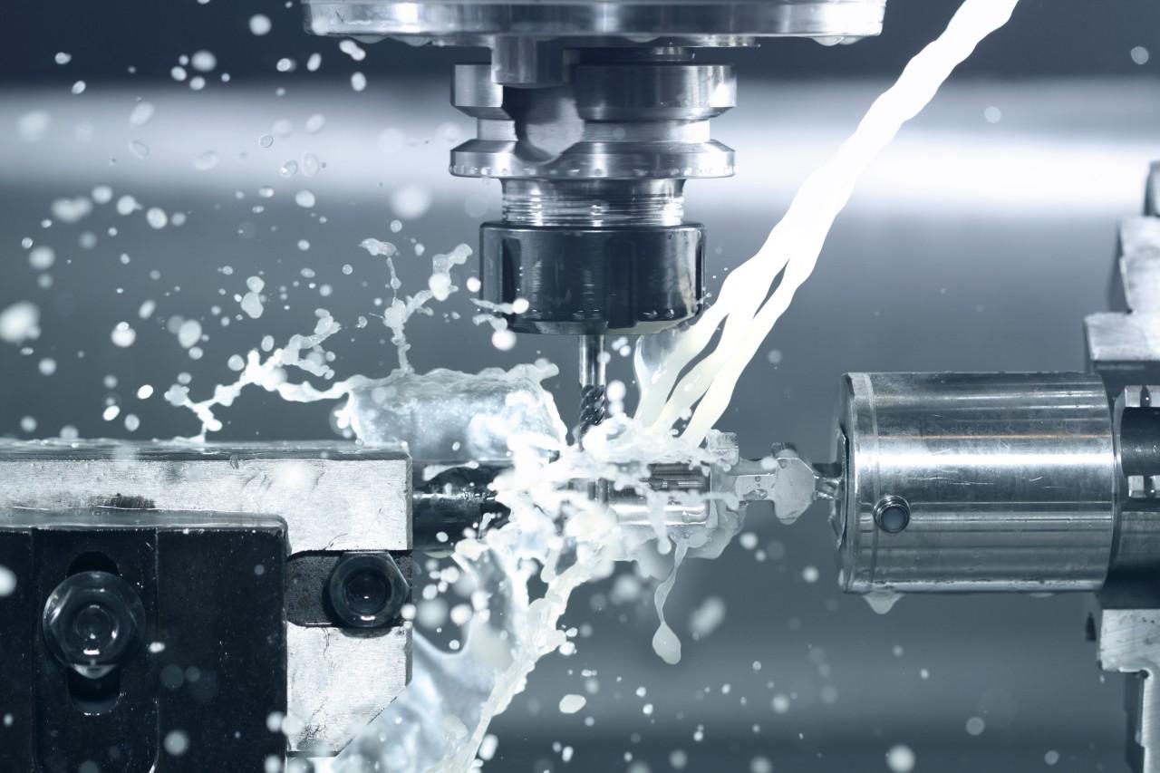 Świadczymy również usługi obróbki CNC